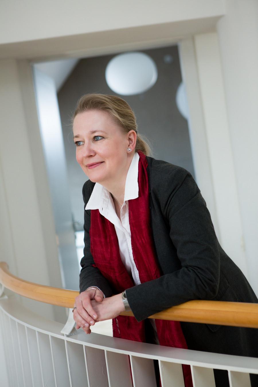 Portrait von Mag. Cecilia Perngard-Baburek
