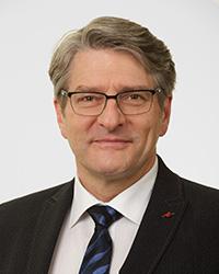 Präsident: Mag. pharm. Jürgen Rehak