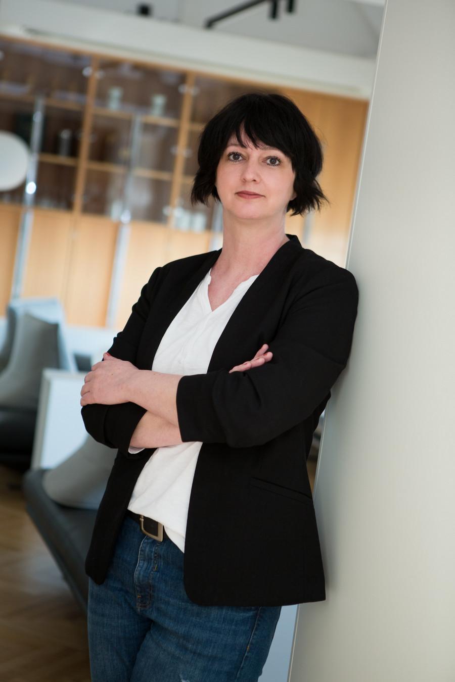 Portrait von Nina Merkl